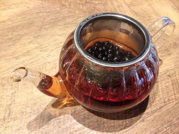 水分補給にノンカフェイン茶を